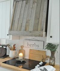 reclaimed-wooden-framing