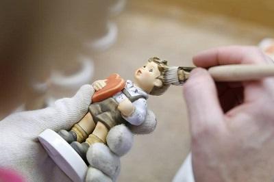 hummel-figurine-painting-2
