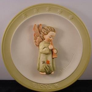 hummel-christmas-plate