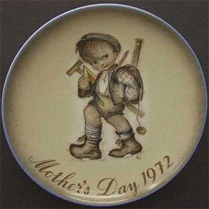 schmid-berta-hummel-mothers-day-plate-1972-Playing-Hooky