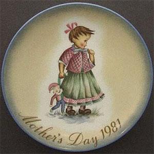 schmid-berta-hummel-mothers-day-plate-1981-Playtime